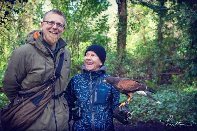 Thank you to Mette Ottosson for this great photo of her Mum, Meta, flying Joyce with Ed recently. Meta is currently translating the wonderful book \'H is for Hawk\' into Swedish.